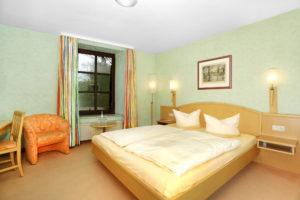 Double Room Standard2 300x200