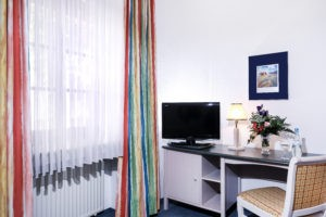 Single Room Standard1 300x200